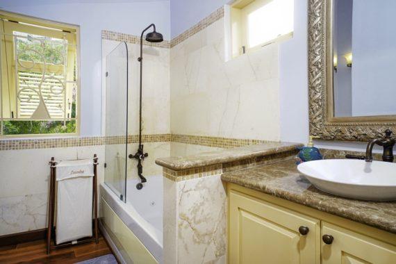 (12) Bedroom 2 First Floor-Bath (Copy)