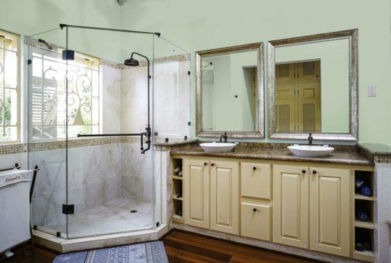 (9) Master Bedroom First Floor-Bath-Jacuzzi Not Shown (Copy)